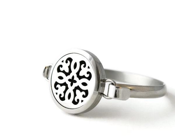 Fleurdelis Diffuser Bracelet